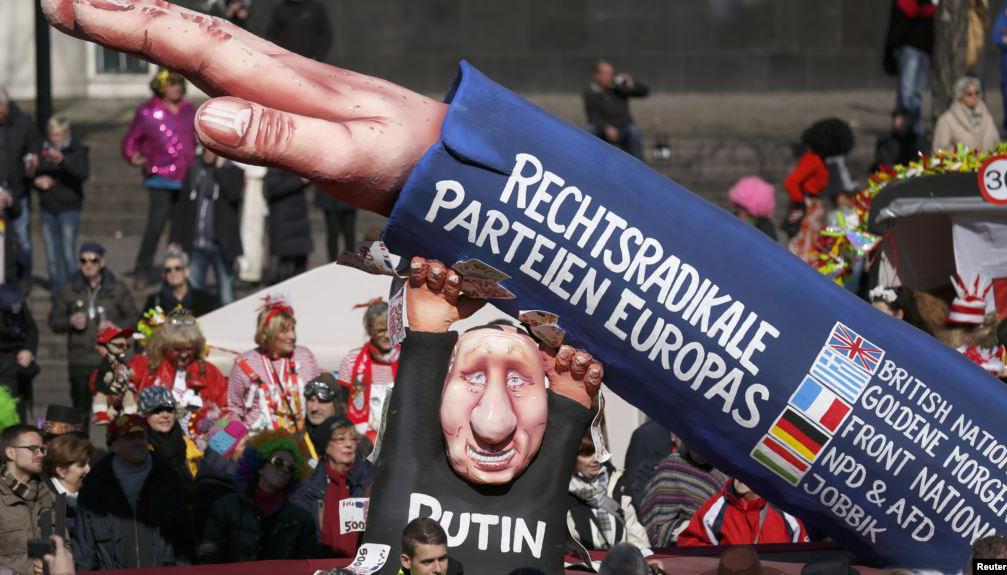 """Рашисти в Німеччині розказали, як """"німці страждають від українських обстрілів"""""""