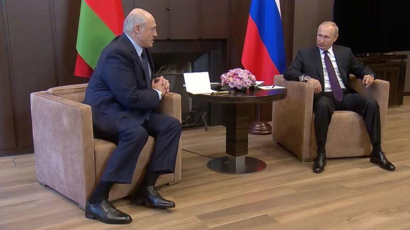 Не упуская власть, Лукашенко поставил Беларусь на грань краха
