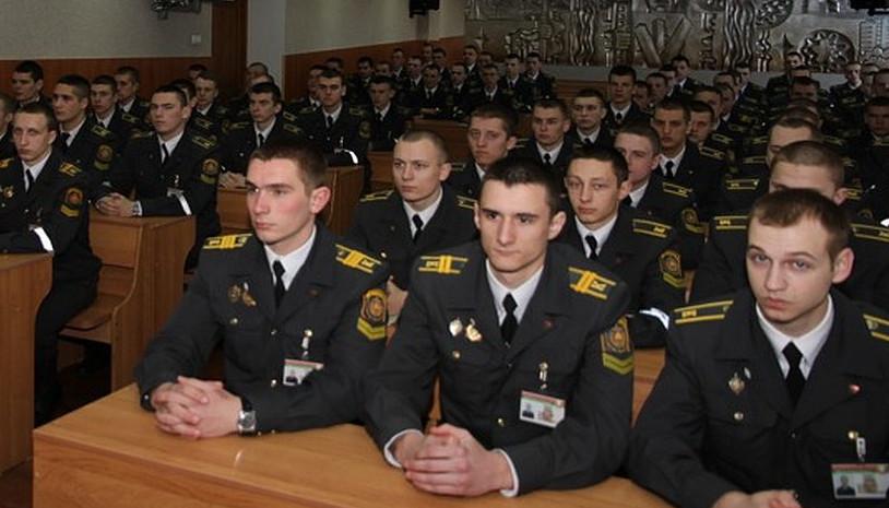 ФСБ – шпигуни, які панують над Росією