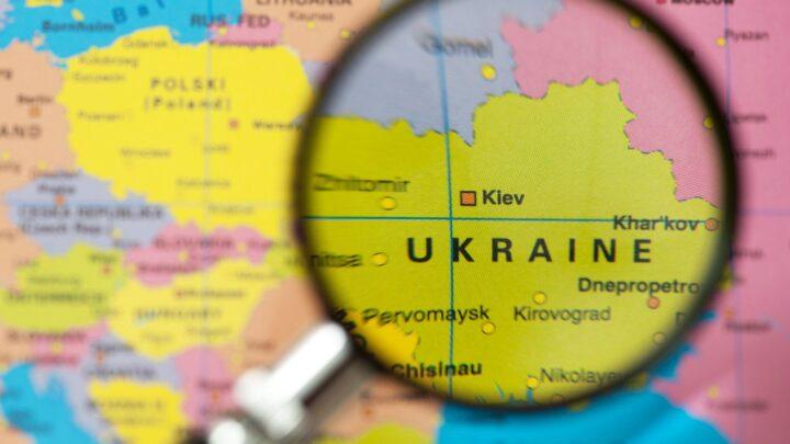 """Росія нав'язує Україні термін """"Донбас"""" – експерт про інформаційну війну"""