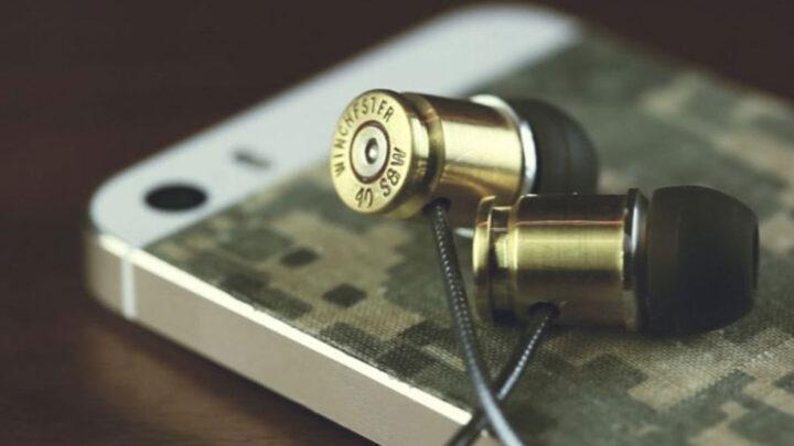 Волонтери продовжують глушити російське радіомовлення на Донбасі