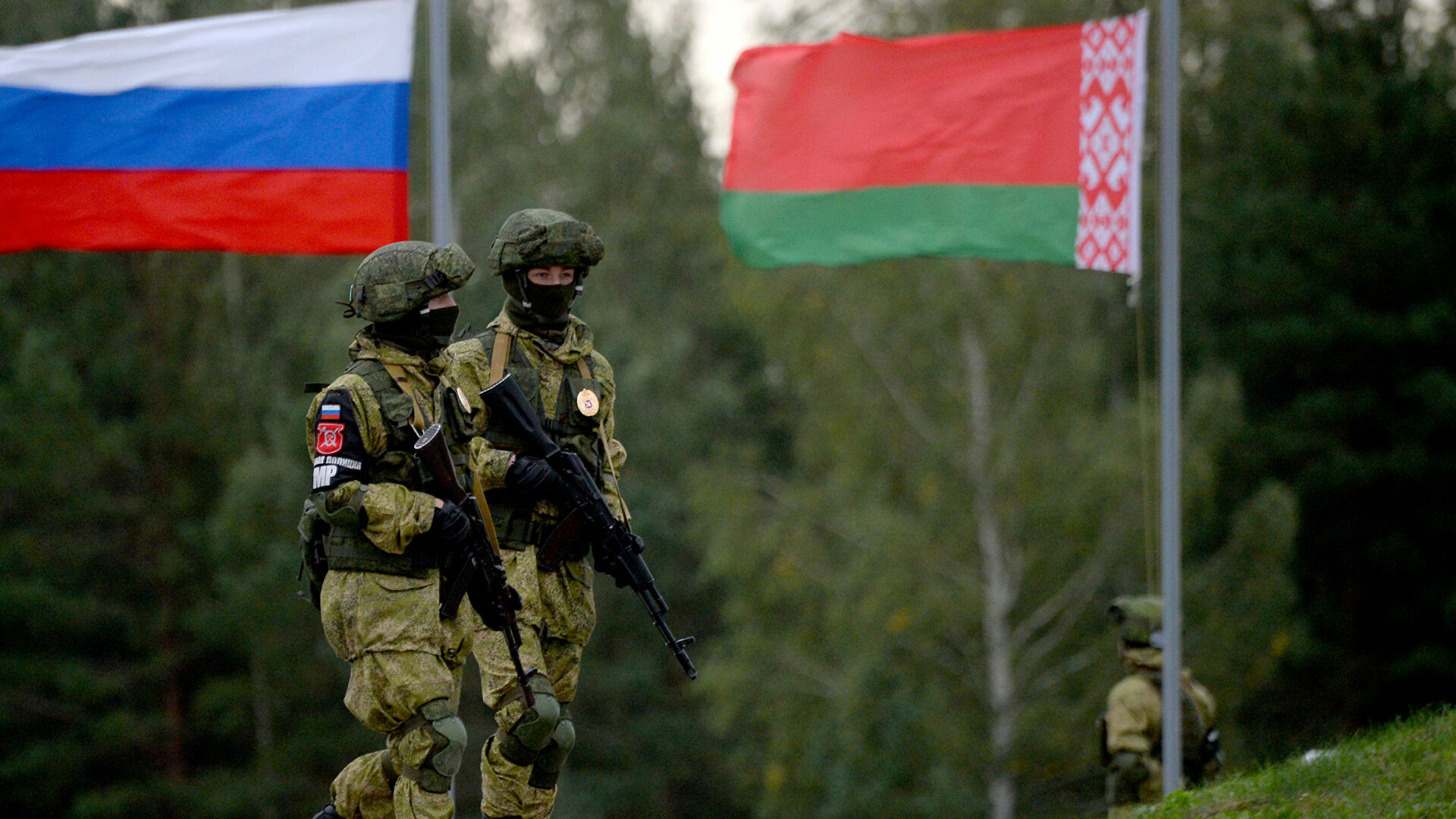 «Запад-2021», выборы в Госдуму и обострения борьбы между башнями Кремля: внешние информационные угрозы нового сезона
